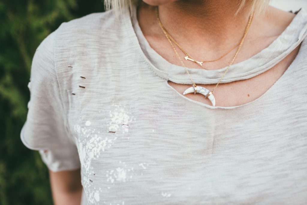 Vici Dolls Destroyed Tee and Stella Dot Arc Necklace